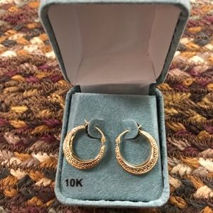 10k Small Gold Hoops